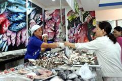 Sài Gòn: Rau thịt đồng loạt tăng giá mạnh