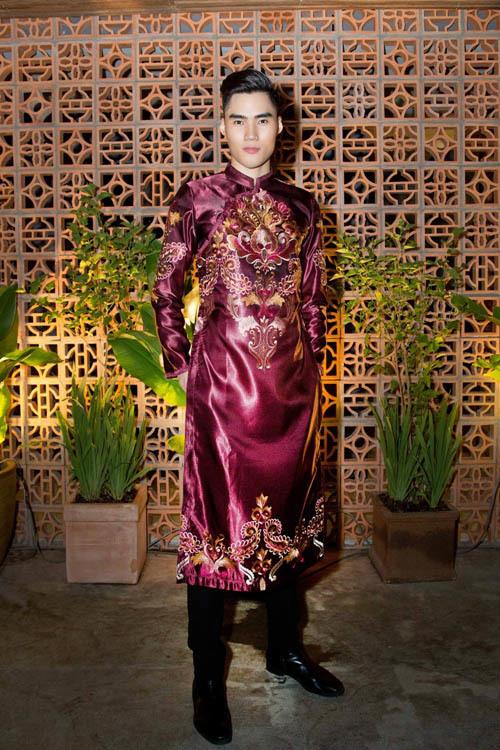 Elly Trần, lễ hội, thành phố áo dài, phạm đăng anh thư, váy cưới