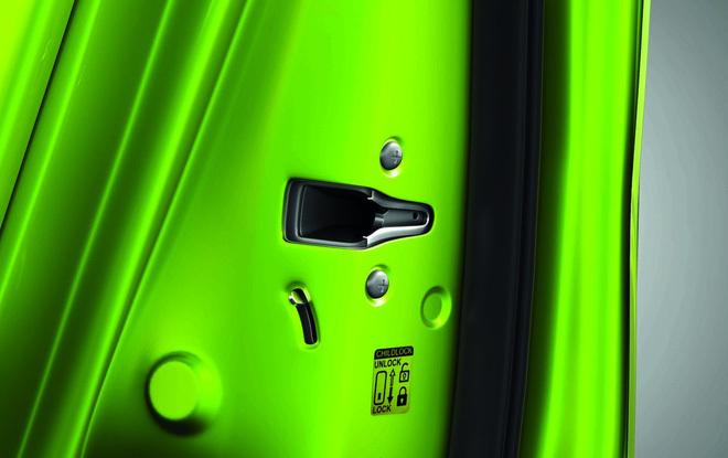 Hãng Suzuki sản xuất ô tô với giá siêu rẻ 110 triệu VNĐ 10