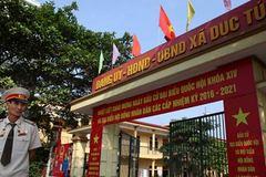 Thủ đô rực đỏ đón ngày bầu cử