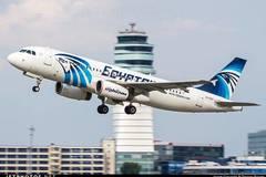 Phát hiện phần thi thể người của máy bay Ai Cập