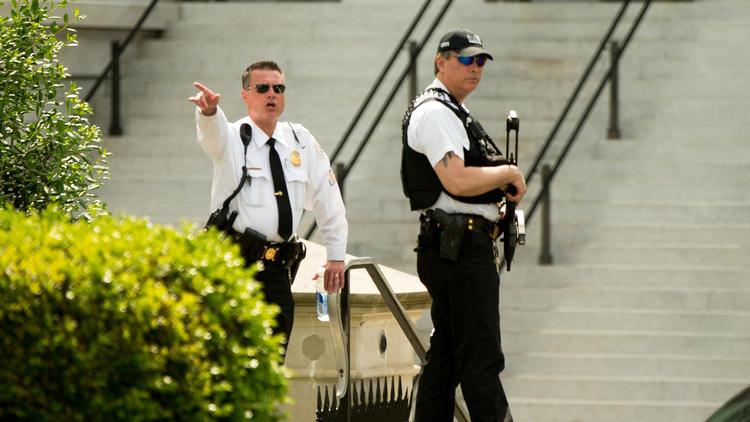 mật vụ, mật vụ Mỹ, Nhà Trắng, Tổng thống, Barack Obama, lệnh phong tỏa, nổ súng