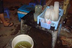 Tận mắt công nghệ chế biến nước mía siêu bẩn