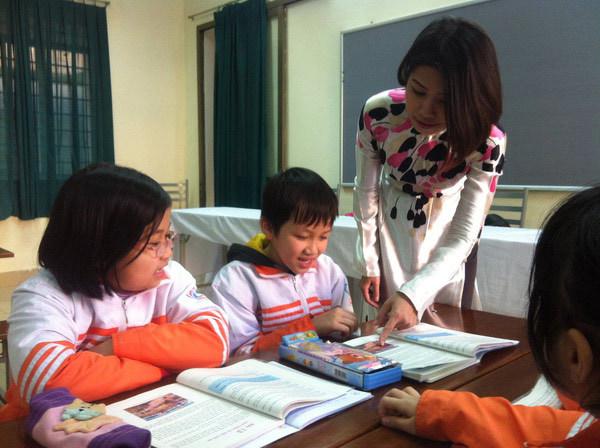 giáo viên, thu nhập giáo viên, giáo viên thu nhập 30 triệu, thu nhập 30 triệu vẫn bị chê