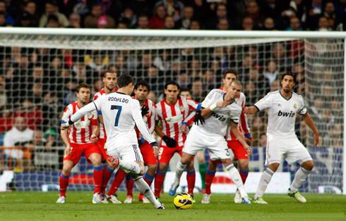 10 bàn thắng đẹp nhất thế kỷ 21 giữa Real và Atletico
