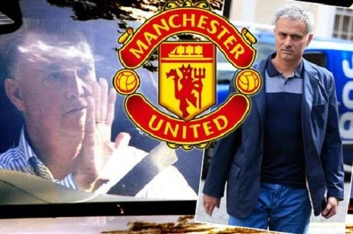 Chính Mourinho gọi điện, báo 'mất việc' cho Van Gaal