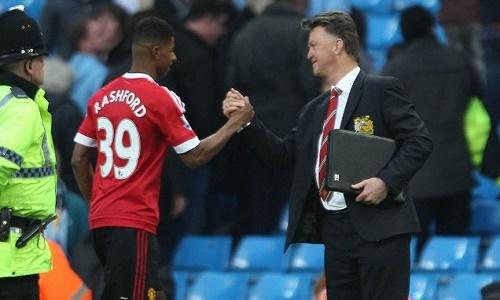 Van Gaal nhắn nhủ 'đểu' Mourinho trước khi ra đi