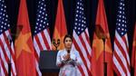Mỹ Linh hát Quốc ca trước bài phát biểu của TT Obama