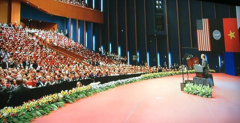 Obama đến Việt Nam, hiệu trưởng, diễn văn của tổng thống Mỹ
