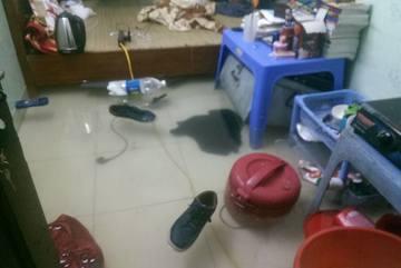 Buổi sáng ngập lụt kinh hoàng của nhiều người dân Hà Nội