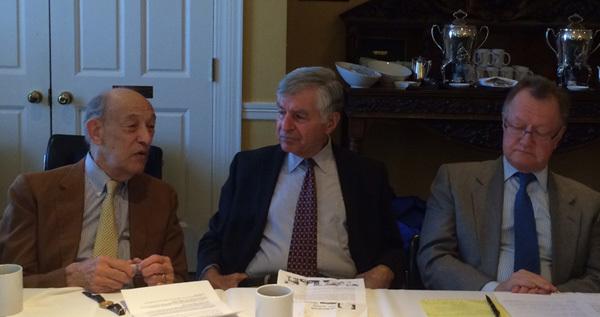 Obama, biển Đông, GS Michael Dukakis, Harvard. GS John Quelch