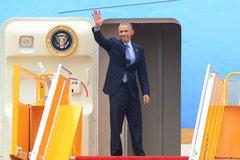 Tổng thống Obama lên máy bay rời TPHCM