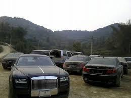 Lô ôtô sang chục tỷ bị đại gia Quảng Ninh chối bỏ