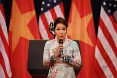 Dư luận dậy sóng vì Mỹ Linh phá cách hát 'Quốc ca'
