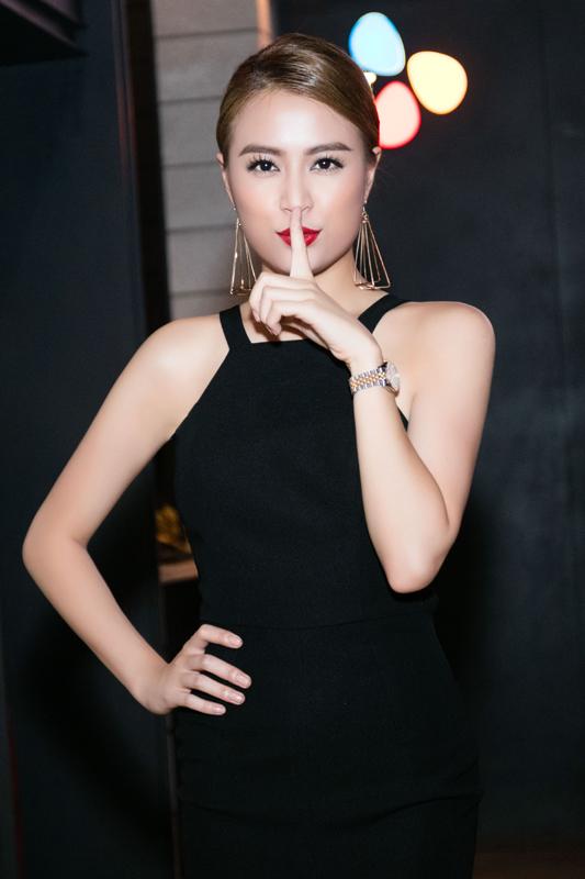Hoàng Thùy Linh, Minh Hằng, gợi cảm, sexy