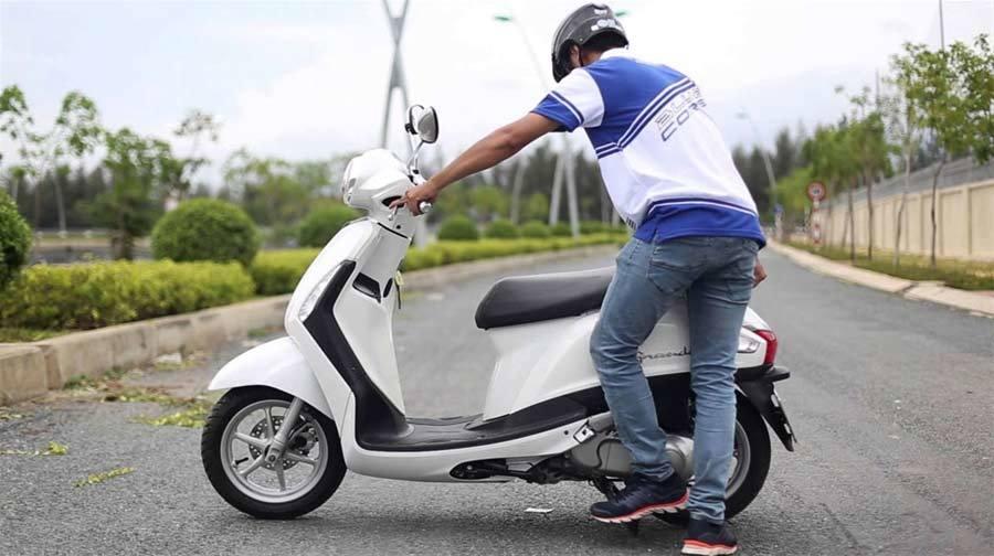 sự cố, khởi động xe máy, tai nạn, mua xe, ô tô, chơi xe, tiết kiệm xăng