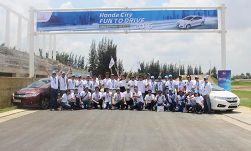 Trải nghiệm niềm vui cầm lái cùng Honda City