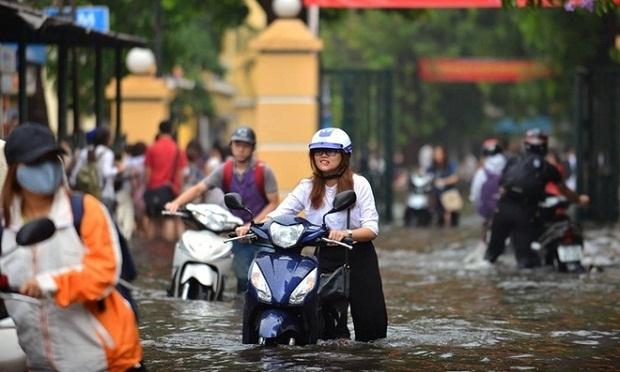 20160527085948 ngap 3 Quan niệm sai lầm về cách đi xe qua vùng ngập dễ gây hỏng hóc xe và mất an toàn