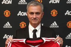 """Mourinho: """"Huấn luyện MU là vinh dự đặc biệt"""""""