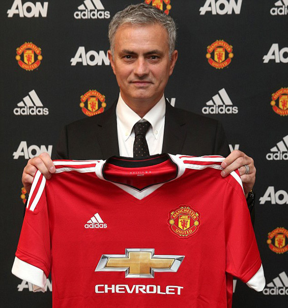 Van Gaal, Mourinho, bổ nhiệm Mourinho, Old Trafford, Man Utd, MU
