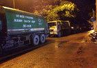 Bất bình ô nhiễm, dân HN chặn hàng trăm xe rác ùn ứ