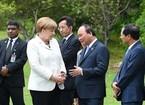 Thủ tướng tiếp xúc song phương tại Hội nghị G7 mở rộng