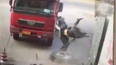Lốp ô tô nổ như trái phá, thợ lốp bắn tung lên không trung