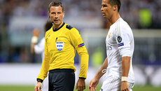 Clattenburg: Thảm họa trọng tài của UEFA
