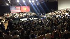 Cô gái Việt gặp Obama ở Mỹ, Malaysia và Việt Nam