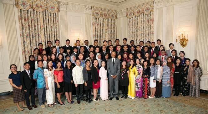 Obama đến Việt Nam, gặp Obama