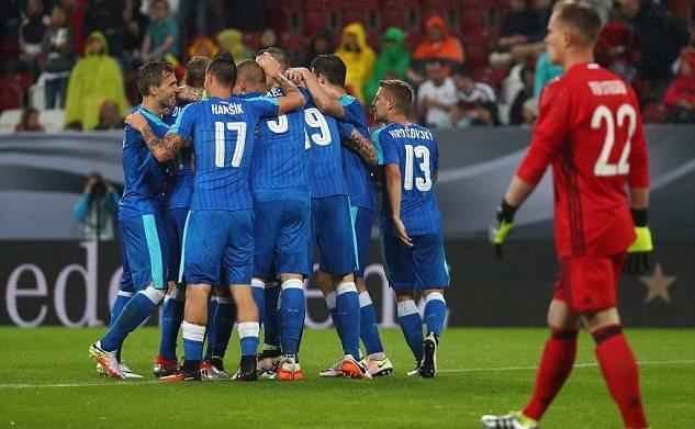 Đức, Slovakia, euro, giao hữu