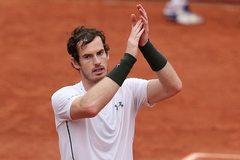 """Hạ """"cây sào"""" Isner, Murray lập kỷ lục vào tứ kết Roland Garros"""