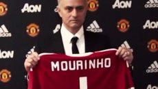 """De Gea giận Mourinho """"cướp"""" số áo, tính đường rời MU"""