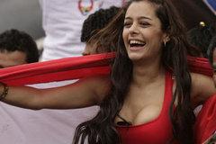 Larissa Riquelme: Bóng đá và cuộc cách mạng sexy