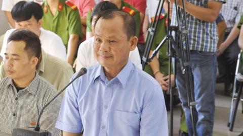 Đại gia Minh 'sâm' sợ hỏng đường, cưỡng đoạt tiền lái xe