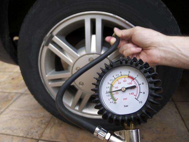 Nắng nóng, 7 lưu ý này tránh tai nạn thảm khốc do nổ lốp xe