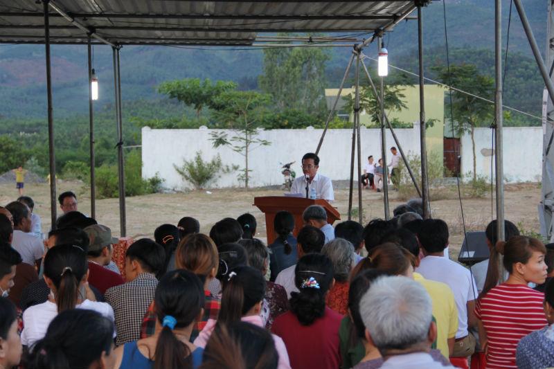 Đà Nẵng đối thoại nóng với dân trước cổng nhà máy gây ô nhiễm