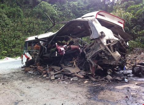 Vụ nổ xe khách: Tổng lãnh sự quán VN cử cán bộ tới hiện trường