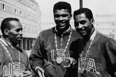 Huyền thoại  Muhammad Ali qua đời bởi hội chứng Parkinson