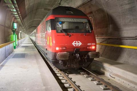 đường hầm, xe lửa