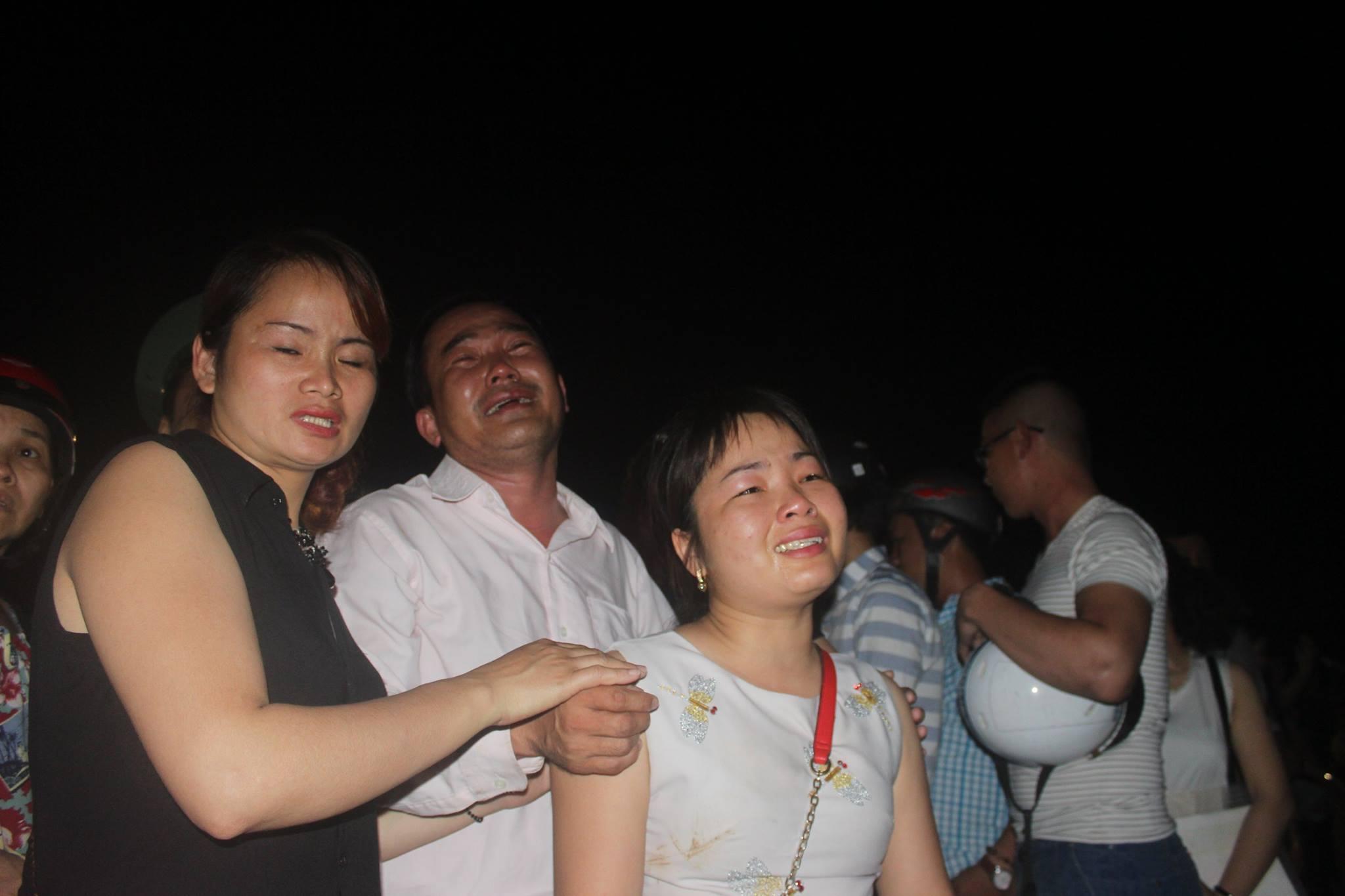 Chìm tàu sông Hàn: Kiệt sức cứu con 10 tháng khỏi thần chết