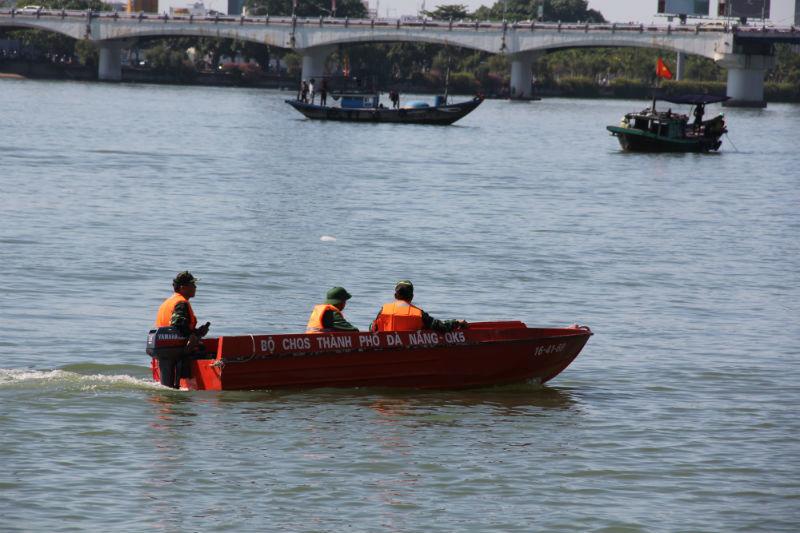 Chủ tịch Đà Nẵng: Tàu chìm trên sông Hàn, sai từ A-Z