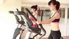 """""""Bỏng mắt"""" với clip hot girl phòng gym tập cực hăng"""