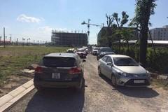 """Người và ô tô """"vây kín"""" dự án Thanh Hà Cienco5 Land những ngày mở bán"""