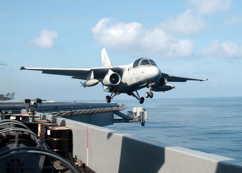 Báo Anh: VN tính mua máy bay trinh sát hàng hải Mỹ