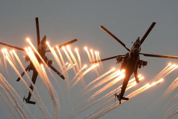 Xem loạt chiến cơ Nga bay lượn ngoạn mục