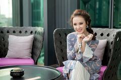 Chồng Thanh Thúy tìm bạn trai cho Angela Phương Trinh