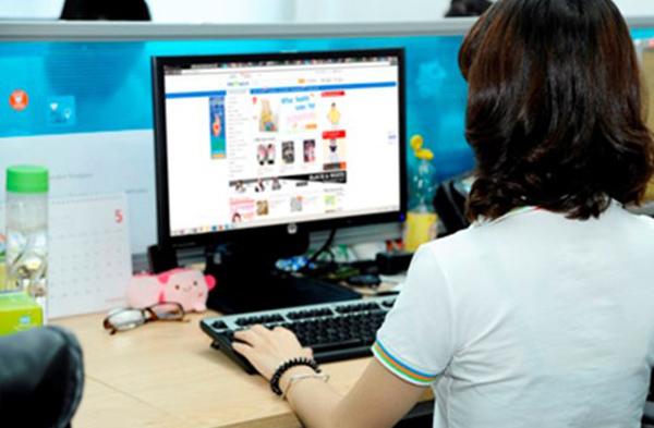 Thương mại điện tử, nhà bán lẻ, hãng bán lẻ, siêu thị, điện máy bán lẻ, kinh doanh online
