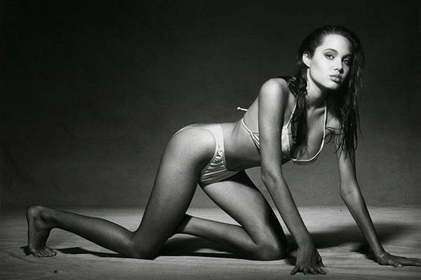 Ảnh 15 tuổi gây sốt của Angelina Jolie