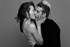 5 quy tắc vàng trong phòng ngủ để các cặp đôi luôn bên nhau không rời